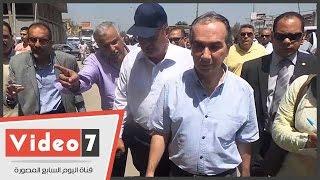 بالفيديو.. محافظ الجيزة يقيل مدير مركز ثقافة كرداسة بسبب الإهمال