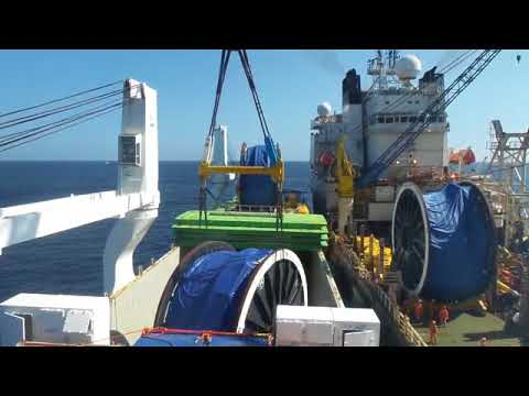 INDUSTRIAL MERCHANT vs SAIPEM FDS offshore 08 11 2016 discharging Pipes in Reels 300 mt.