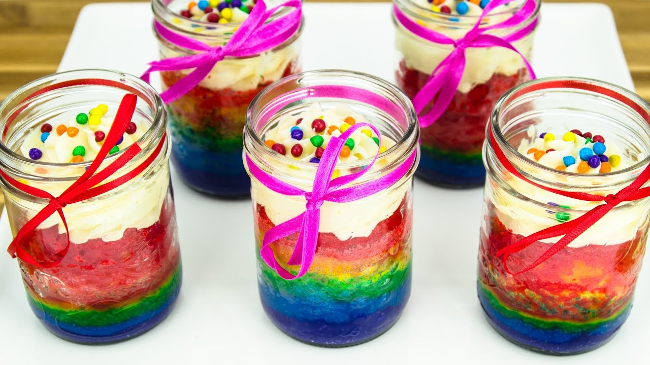 Rainbow Cupcakes in a Jar: How to Make by Cookies Cupcakes ...