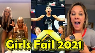 The Ultimate Girls Fail Compilation 2021 🔴 30 minutes only the best fun with girls
