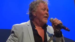 Paul Young - Birmingham 03/10/18 Every Time You go Away