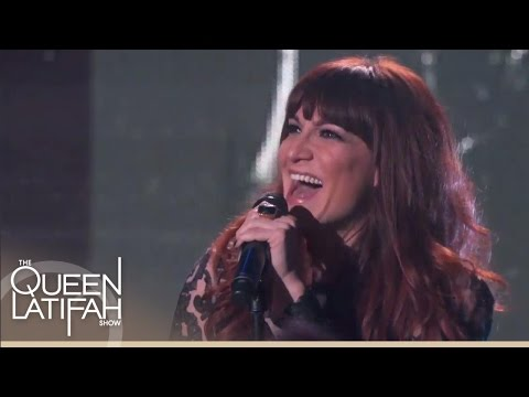 "Shoshana Bean Performs ""Runaway Train"" 