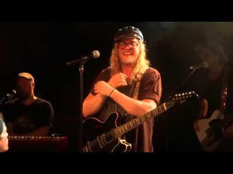 Allen Stone - Unaware (HD) Live In Paris...