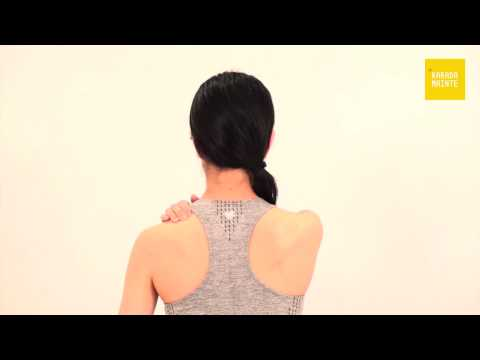 06肩のマッサージ