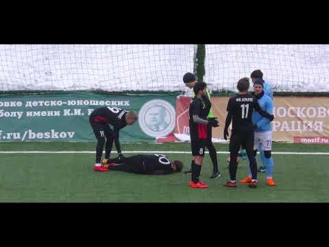 Обзор матча Велес - Арарат (1:2)