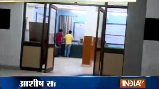 Man Commits Suicide in Police Custody in Delhi - India TV