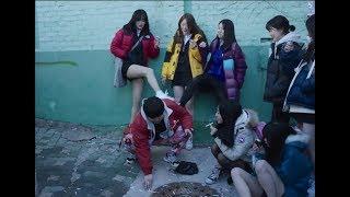 가출소녀들의 비참한 모습을 그대로 보여주는 영화 박화영