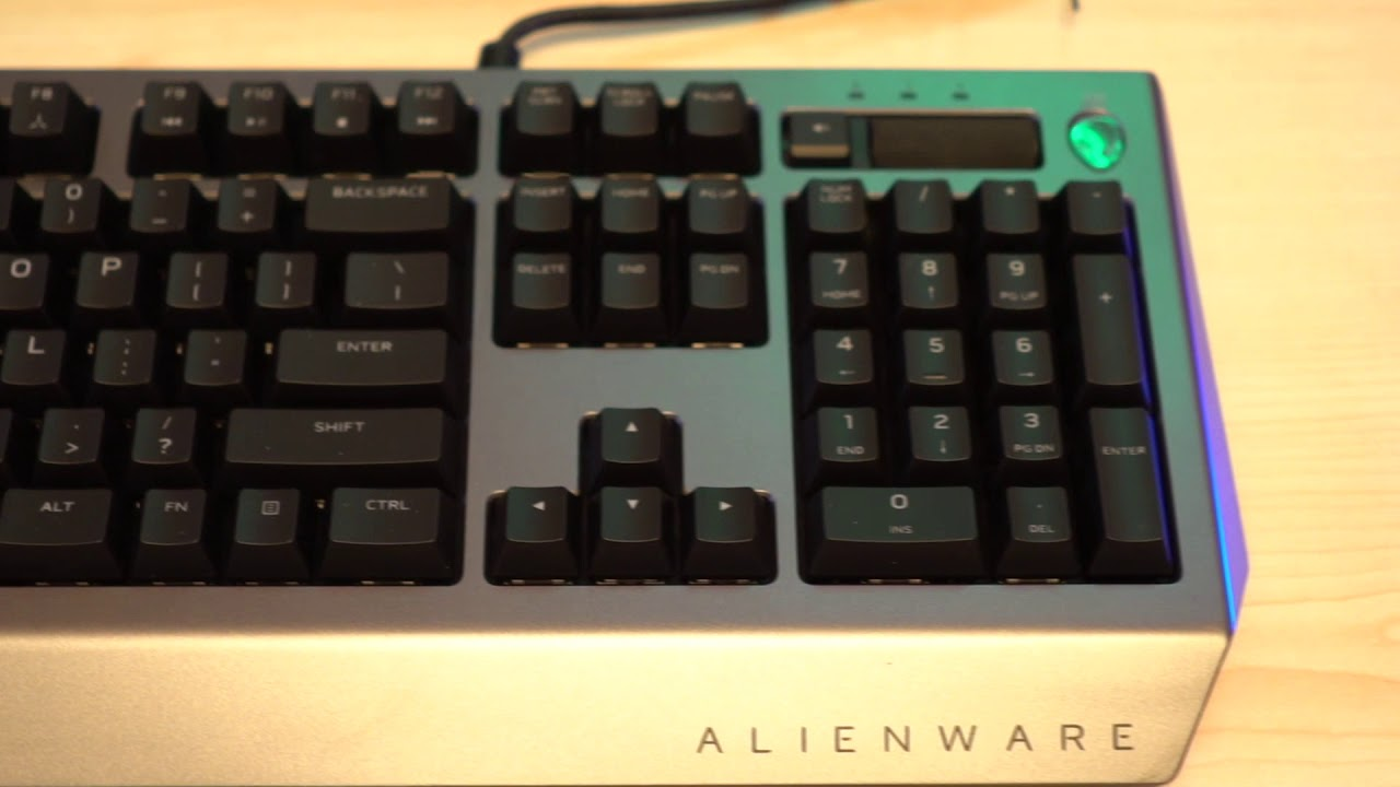 dd7b07b8d20 Alienware Pro Gamig Keyboard and Advanced Gaming Mouse - YouTube