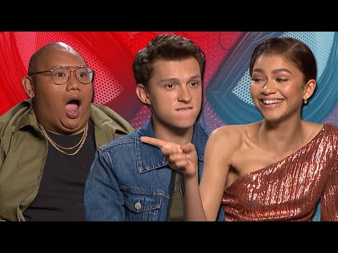 """Tom Holland And Zendaya Discuss """"Serious Romance"""" In 'Spider-Man: Far From Home' 
