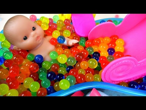 Baby Doll Orbeez Pool and bath surprise toys