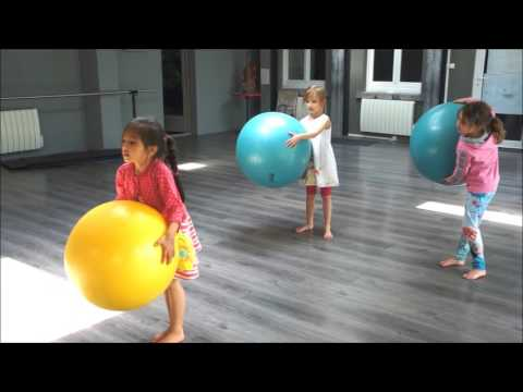 Atelier de danse avec les ballons !