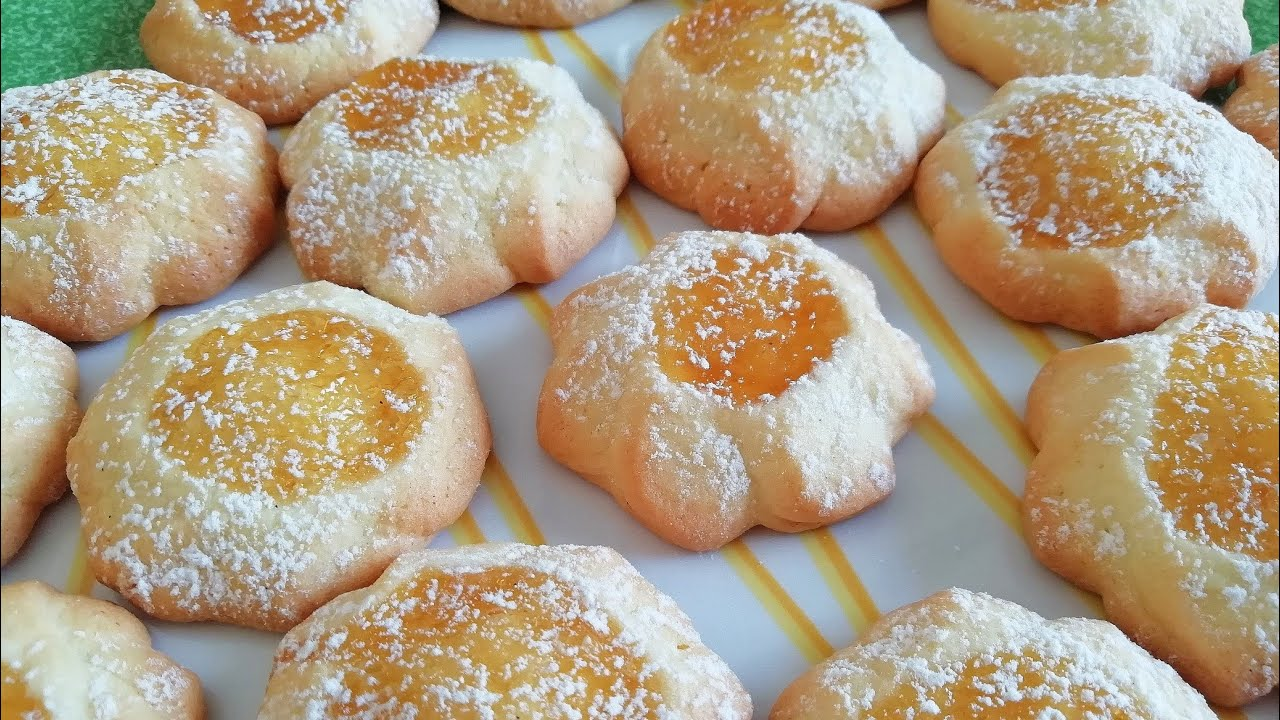 You\'ll love this very simple recipe of delicious pastries: they melt in  your mouth - Idee in cucina