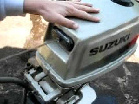 Suzuki 4hp 2 stroke - YouTube