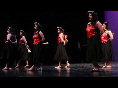 LBVSA VCN 2017   Traditional Vietnamese Dance Crew   Fan Dance