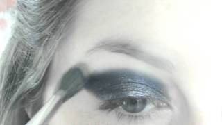 Blue and Silver Wintery Smokey Eyes Thumbnail