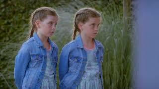 Demonische tweeling brengt duidelijke boodschap  Hoe Zal Ik Het Zeggen
