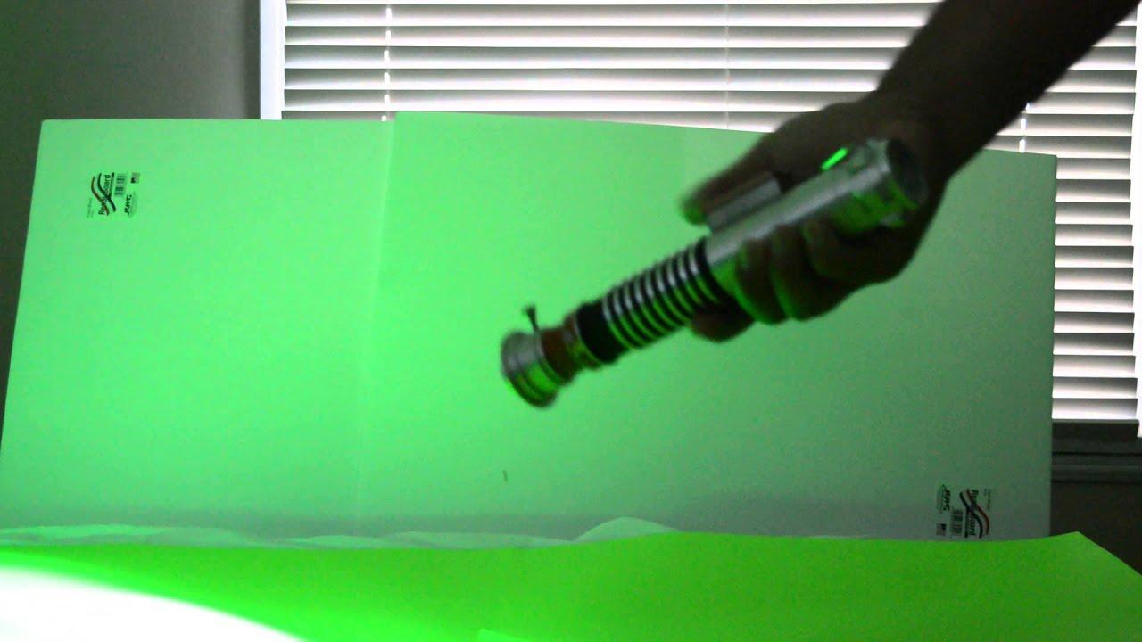 Luke skywalker green lightsaber toy