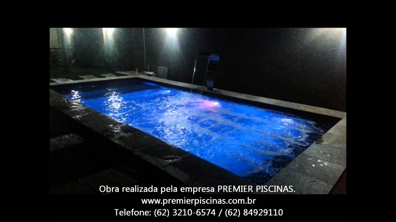 Piscina com ilumina o em led colorida no controle remoto - Leds para piscinas ...