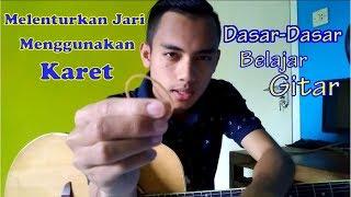 Yang baru mau belajar gitar atau kepingin belajar gitar atau liat orang terus kepingin main gitar :D.