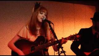 Karen Elson - 'Pretty Babies'/ 'The Truth Is In The Dirt' Live at Third Man Records, Nashville