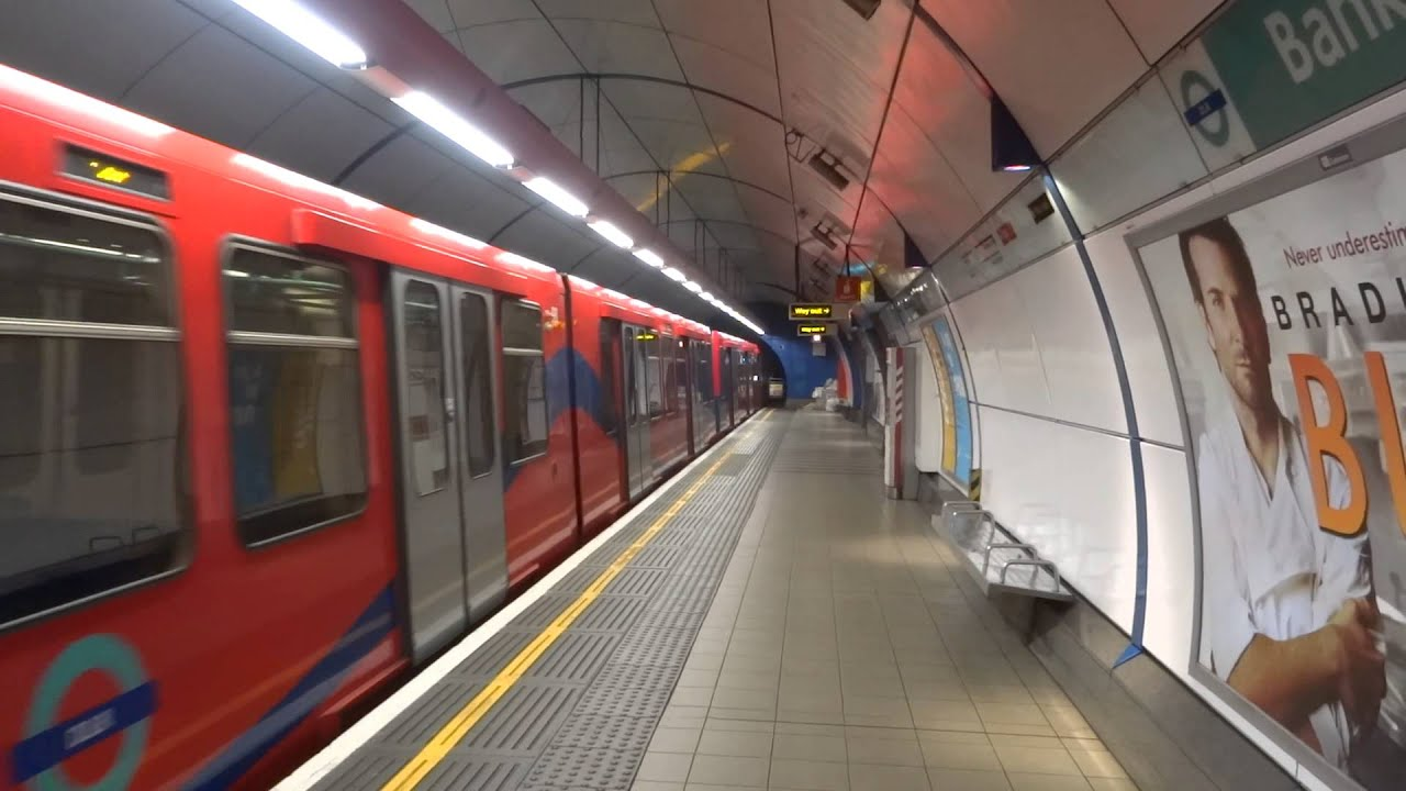 Dlr Train Begins The Switchback At Bank Youtube