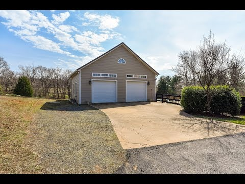 Dream car garage home for sale Waterford Va