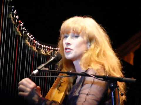 LOREENA MCKENNITT   THE DARK NIGHT OF THE SOUL