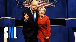 Donald Trump vs. Hillary Clinton Debate Cold Open - SNL thumbnail