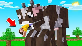 Surviving Minecraft BUT EVERY ANIMAL IS HUGE! dangerous
