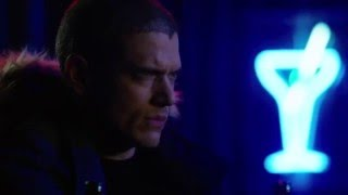 DC Legends of Tomorrow S01E16 Mick and Snart final scene