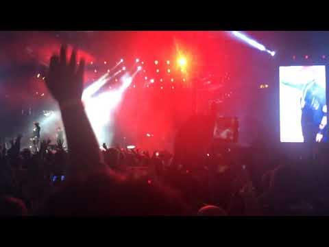 Black Eyed Peas in Riyadh Saudi Arabia 14-12-18 Pump It Mp3