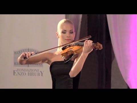 Armando Torno intervista la violinista Anastasiya Petryshak