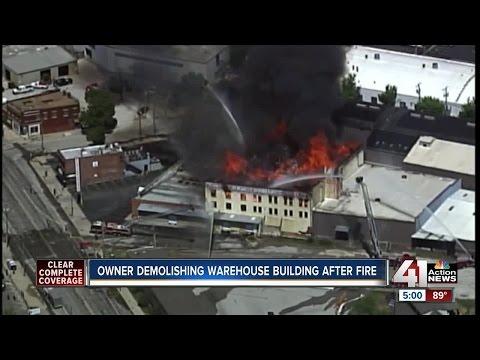 Crews begin investigation into 3-alarm fire at Kansas City furniture warehouse (5pm)