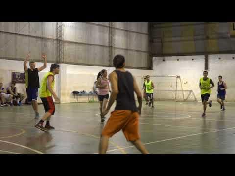 Encuentros deportivos con otras Universidades