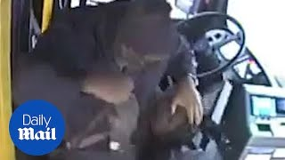 Bus driver beats down passenger that attacked him with a cane