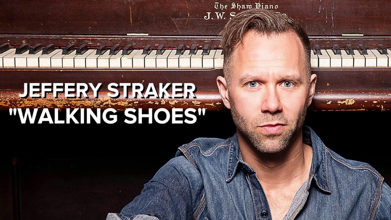 video: Walking Shoes