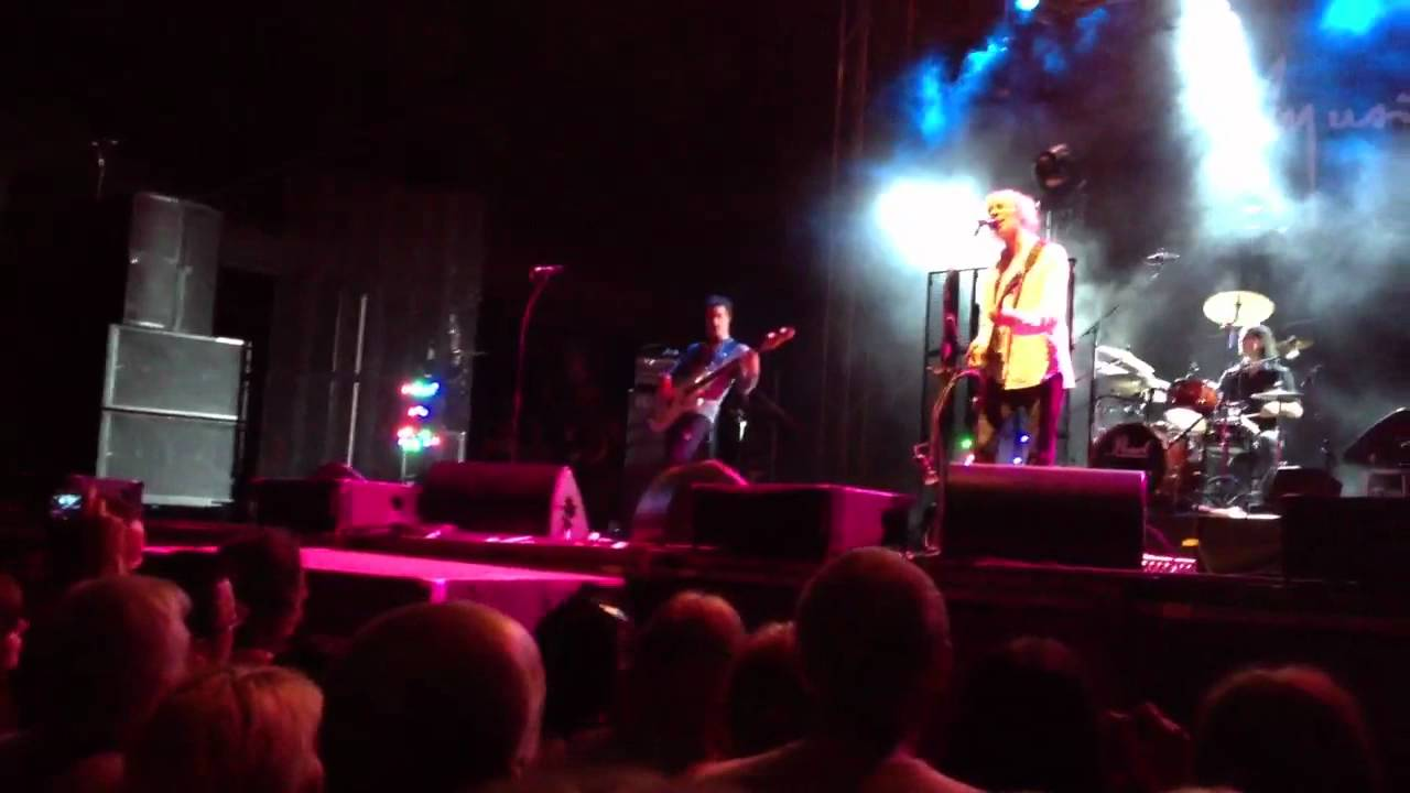 Louis Bertignac - Ces idées la concert Luxey Festival - YouTube