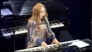 """Tori Amos """"Talula"""" (2015 Baloise Session)"""