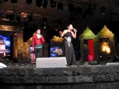 Fitri Tropika & Indra Bekti off air Miss Indonesia 2009