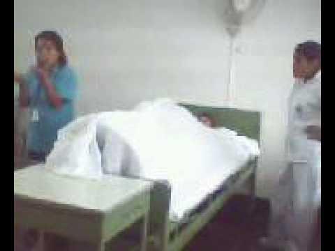 Tendidos de cama con paciente doovi for Cama abierta