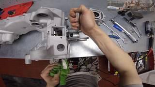 Разборка Сборка Ремонт двигателя Minarelli Yamaha Aerox залипательное видео