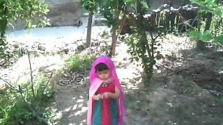 hijab walking in Garden.3gp