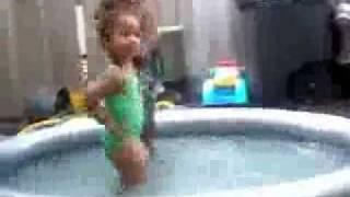Baby Girl dancin 2 SISSY NOBY n da pool