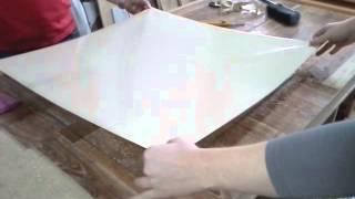 Плёнка мебельная. Видео урок по наклейке на стекло(Как клеить плёнку на стекло. Наш сайт: http://ask-mebel-nk.ru/, 2013-05-22T14:15:13.000Z)