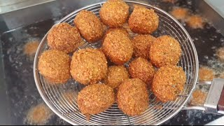 Fry the falafel with oil قلي فلافل ?