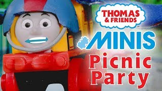 Hilarious Picnic Party with Thomas & Friends MINIS | Playing around with Thomas and Friends