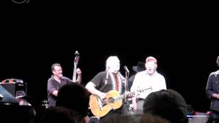Willie Nelson and Jimmy Carter singing Amazing Grace