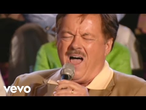Bill & Gloria Gaither - The Holy City [Live] ft. Larry Ford