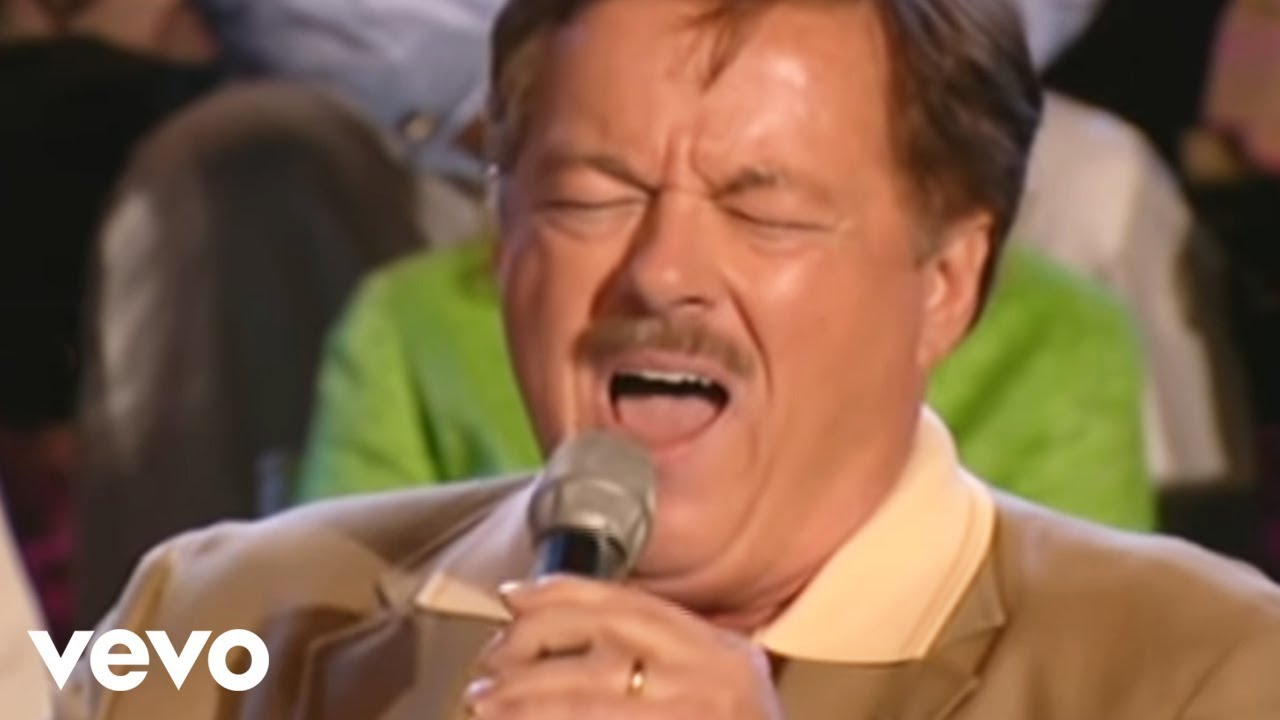 Download Bill & Gloria Gaither - The Holy City [Live] ft. Larry Ford
