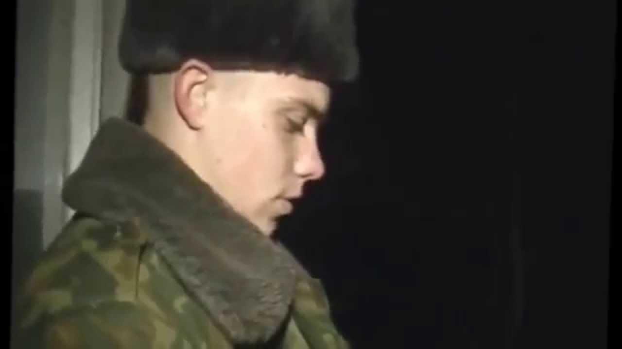 Видео солдат спасает кота с дерева